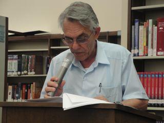 Palabras de agradecimiento en la presentación de Ojos de Godo Rojo en Huntington Park Library