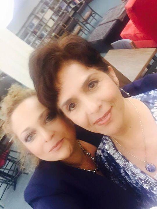 Aurelia Fierros y María Luisa Arredondo