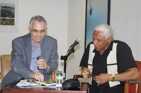 Manuel Gayol presentando a Tony Cuartas