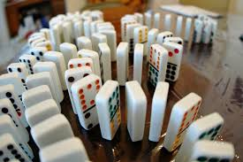dominó 2