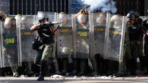 gustavo-catalan-represion